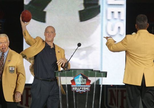 JIm Throws Andre one last pass! - Photo via www.democratandchronicle.com