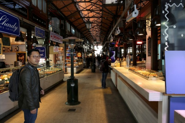 The concept behind Mercado originates in the artisanal food bazaars of Europe and Asia, where dozens of local vendors operate small, and quality-focused - Photo via www.indiegogo.com