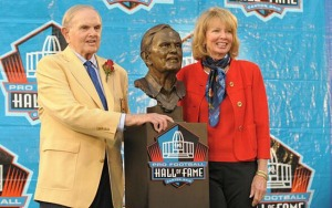 Mary Wilson is Ralph C. Wilson's third wife. - Photo viawww.cbssports.com