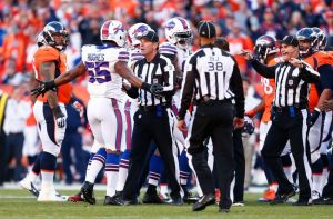 The Refs in last Sunday's game were atrocious! - Photo via fansided.com