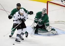 Lindback is a subpar journeyman.  Perfect for the tank.  Photo from starsblog.com