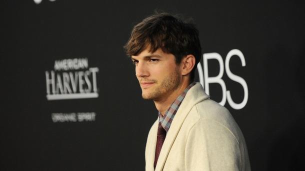 It seems Jason has an ally in Ashton Kutcher - Photo via mashable.com